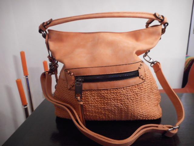 Kunstledertaschen/ Rucksäcke